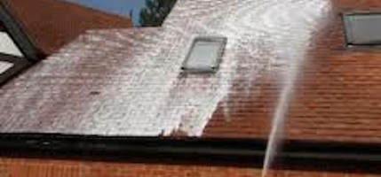 Roof Moss Treatment Amp Removal Aqua Mobile Gutters